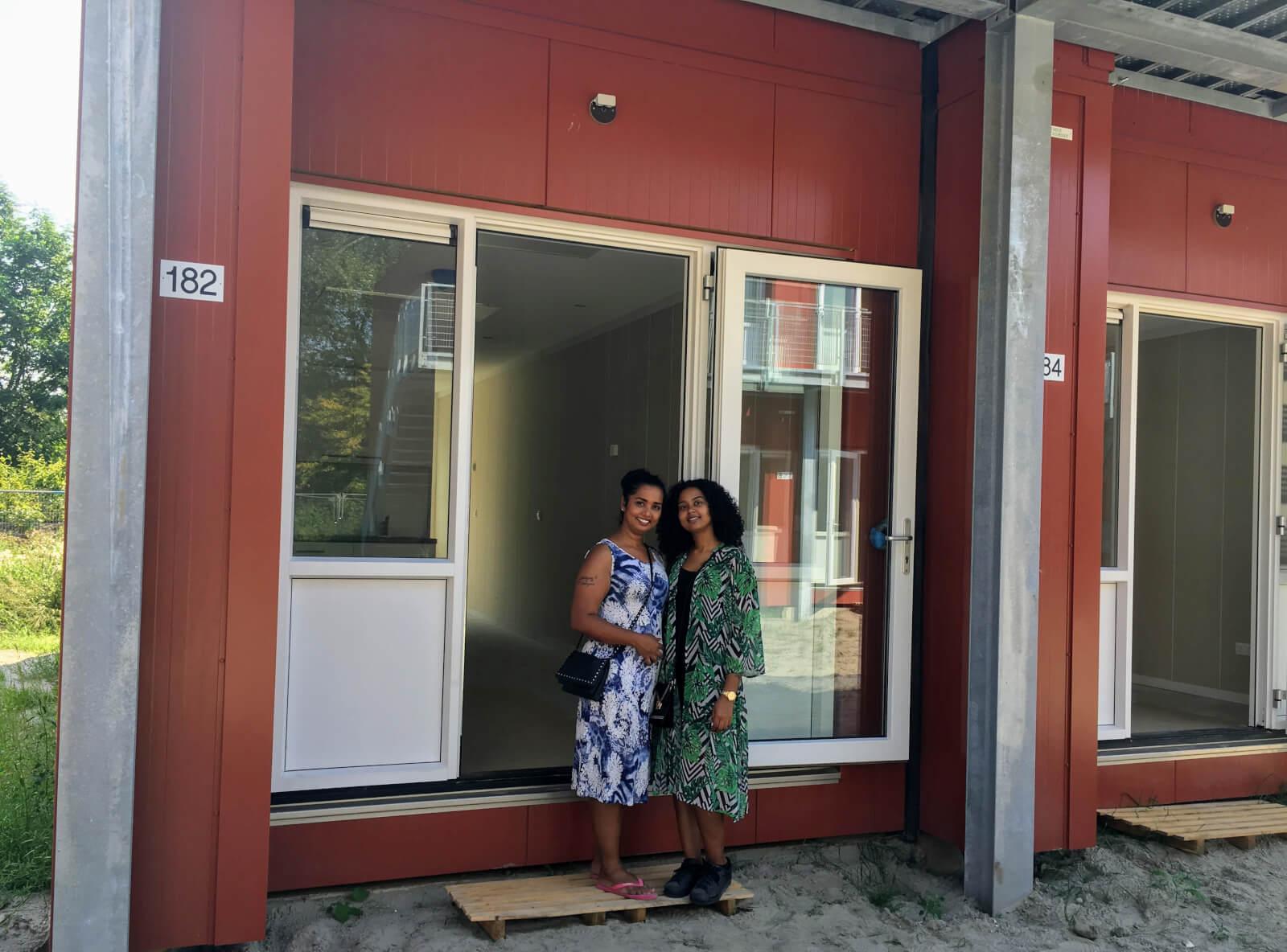 Foto Delaysa Rosales en haar moeder - C3 Living